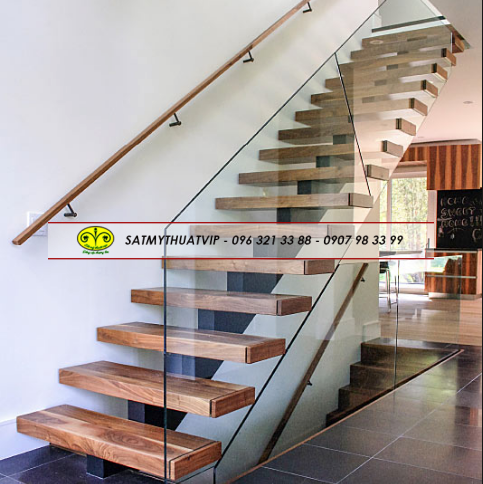 New-Glass-Railing-Wood-Stair-Design
